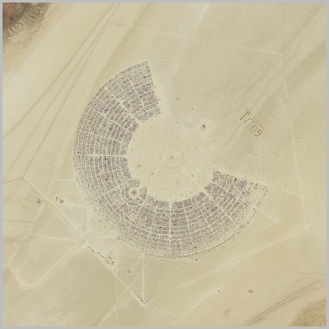 Tweedot blog magazine - Burning Man Festival sky view