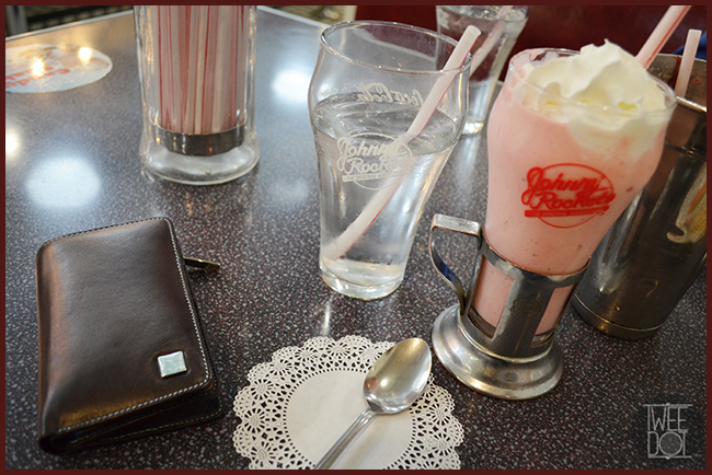 Tweedot blog magazine - Famosi ristoranti americani Johnny Rockets e accessori DuDuBags Italia