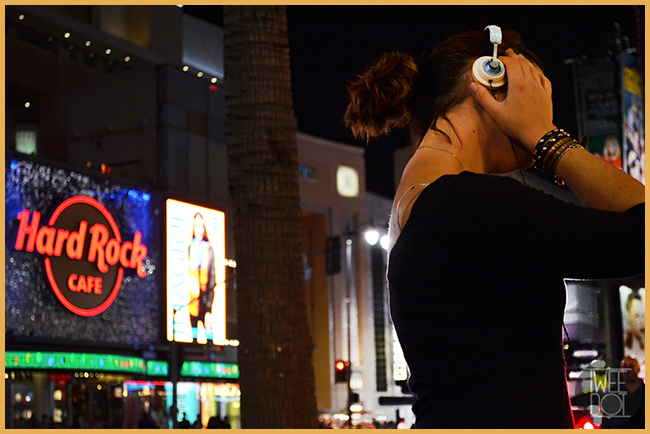 Tweedot blog magazine - Laura Manente blogger with House of Marley headphones in Hollywood