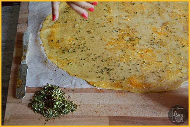 Grissini di sfoglia integrale con formaggio Piave composta dolce piccante Vis e rosmarino - Tweedot blog magazine