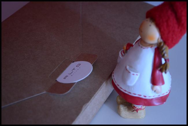 Tweedot blog magazine - Alto Milano socks packaging diy