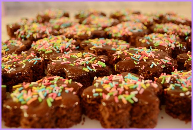 Tweedot blog magazine - dolcetti di cioccolato con glassa