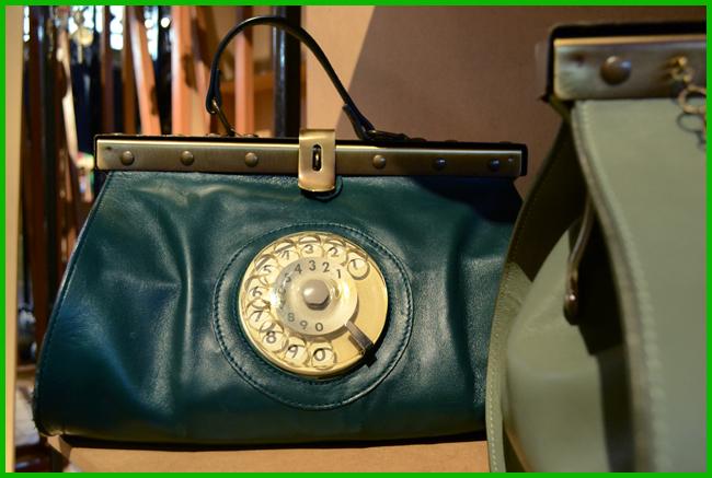 Tweedot blog magazine - Doctor Phone Bag by La Tilde Made in Italy