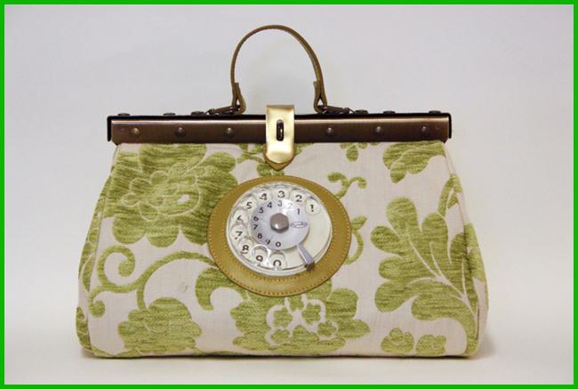 Tweedot blog magazine - La Tilde Doctor Phone Bag Easy Spring Summer 2013