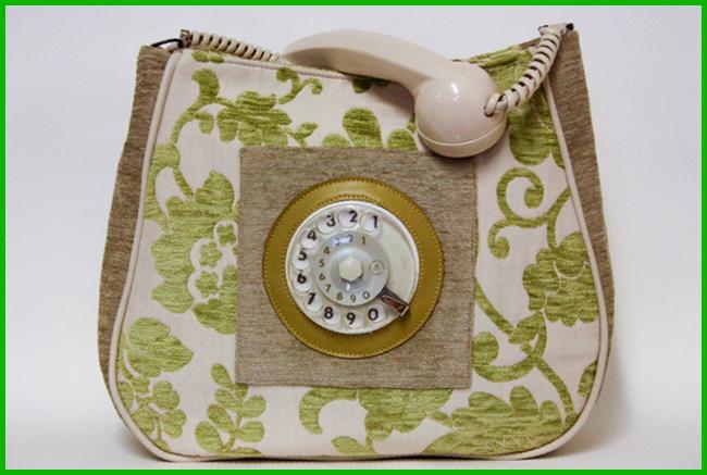 Tweedot blog magazine - Phone mini bag La Tilde la borsa con la cornetta