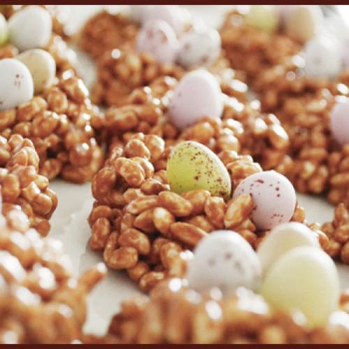 Tweedot blog magazine - lavoretti pasquali per bambini i nidi con ovetti da mangiare