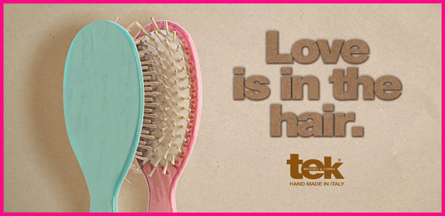Tweedot blog magazine - Tek brushes and combs on the beach