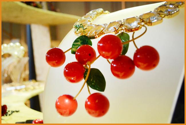 Tweedot blog magazine collana con ciliegie di Caterina Mariani bijoux