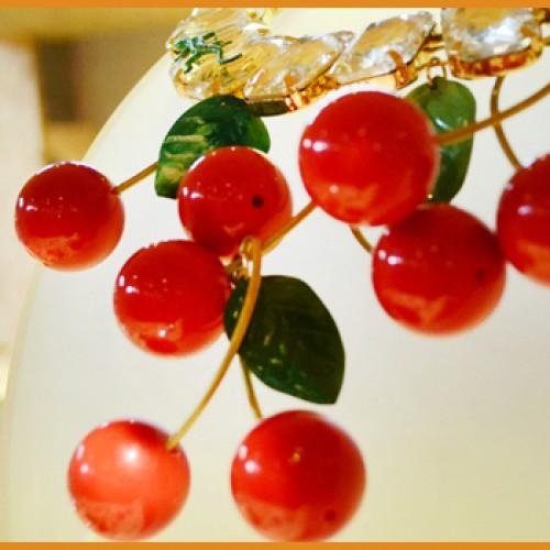 Tweedot blog magazine - le ciliegie fatte a mano nei gioielli di Caterina Mariani Bijoux
