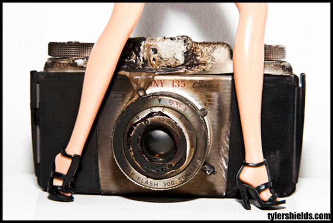 Tweedot blog magazine - Tyler Shields Hollywood photographer - Camera Barbie