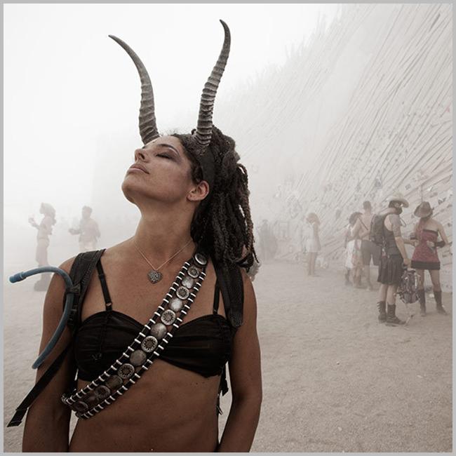 Tweedot blog magazine - camping in the black rock desert - burning man