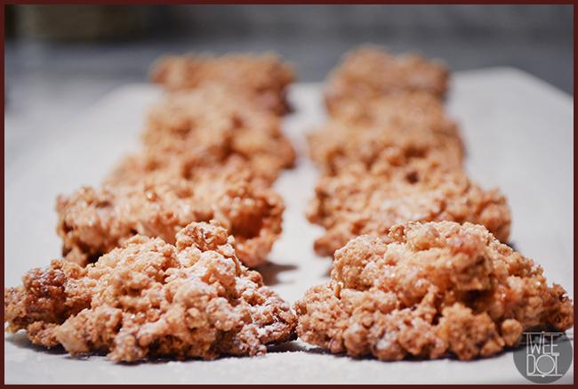 Tweedot blog magazine - biscottini tipo meringa con nocciole brutti ma boni