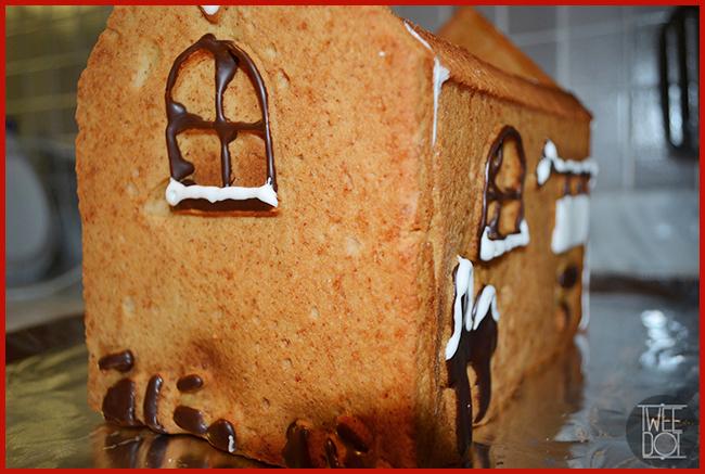 Tweedot blog magazine - come fare in casa la casetta natalizia di zenzero e spezie