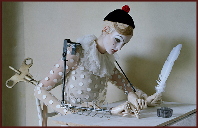 Tweedot blog magazine - fashion photographer Tim Walker