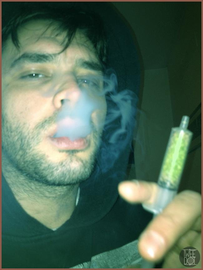 Tweedot blog magazine - Alessio Cadamuro selfie droga