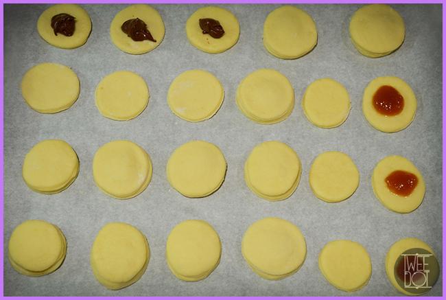 Tweedot blog magazine - mini krapfen with Nutella, marmelade or custard