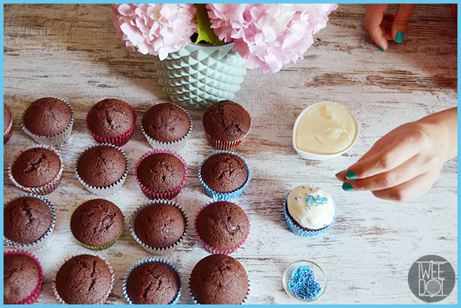 Tweedot blog magazine - Decorare cupcakes