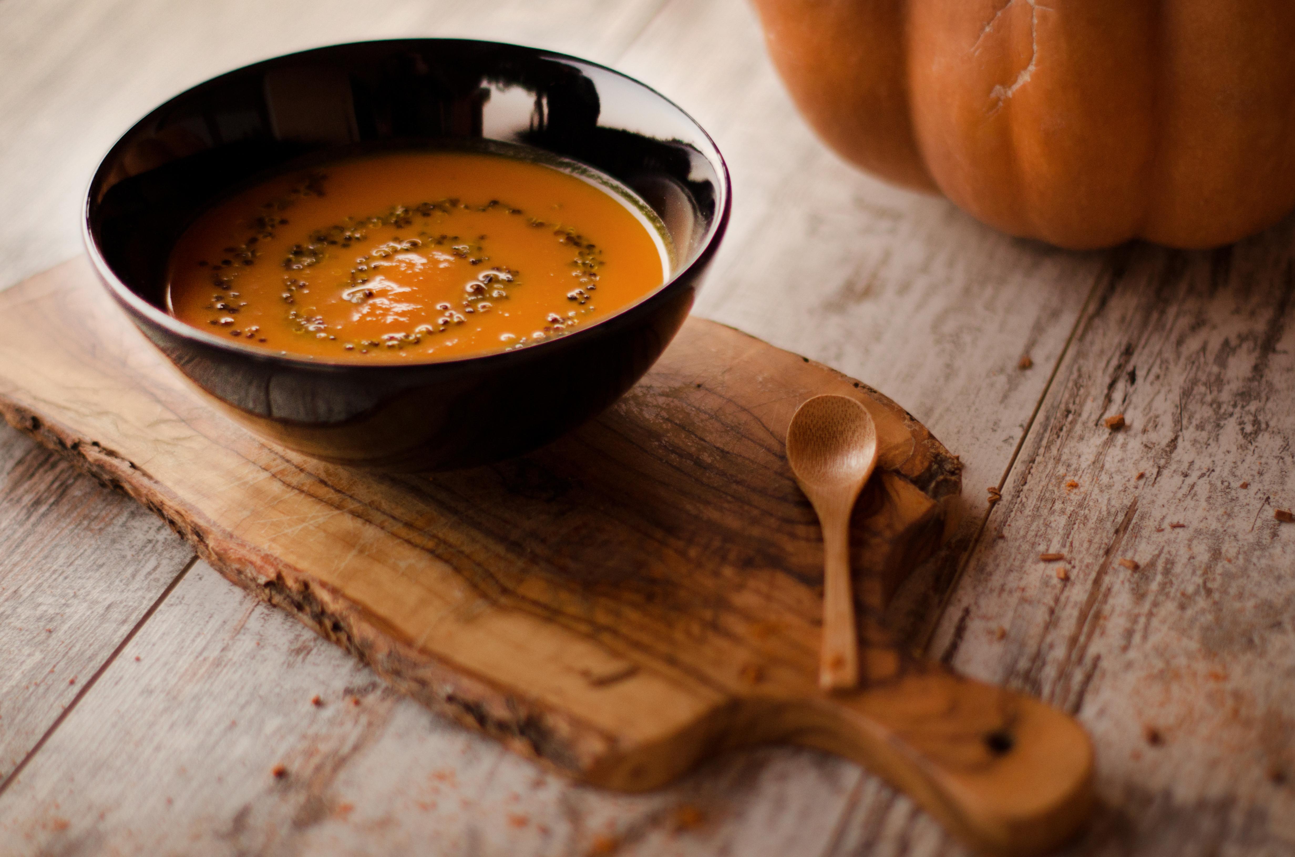 TWEEDOT - Vellutata di Zucca con Quinoa Nera - Ricette Veloci